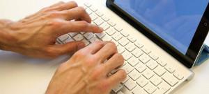tastatur_zweihände1000x455